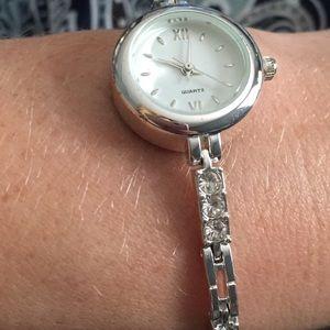 Avon Watch Movement